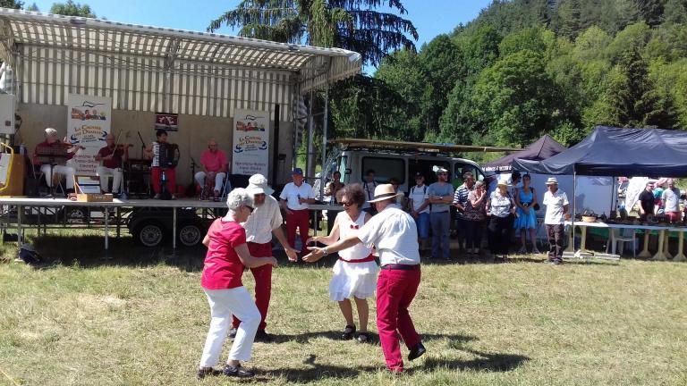 Rigodon ... danse traditionnelle du Dauphiné